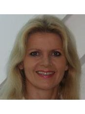 Dr Astrid Hendrys - Doctor at Dr. Kloeppel and Kollegen