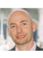 Dr Hans-Peter Schoppelrey - Doctor at Haut und Laser Zentrum An Der Oper