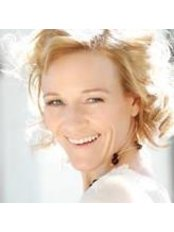 Ms Claudia Waltl - Operations Manager at Practice for Aesthetic and Plastic Surgery