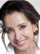 Dr Hanieh Erdmann - Dermatologist at CosmeSurge - Dr. Tim P. Wolter