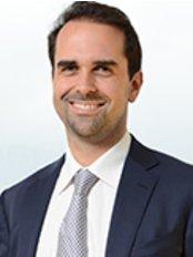 Dr. George Skouras Plastic Surgeon - Tsakalof 8 Kolonaki, Athens, 106 73,  0