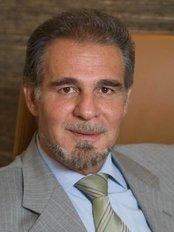 Dr Nikolas Hatzipieras - Surgeon at Hatzipieras Plastic Surgery