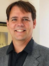 Dr Stefan Preuss - Surgeon at Nova Aesthetics