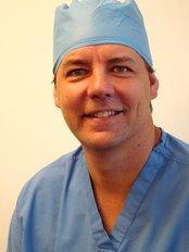 Surgi-care Health & Travel - Dr Stefan Preuss