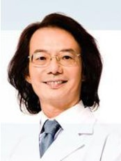 Dr Luk Wang Lung - Doctor at Dr. Luk and Partners Kowloon