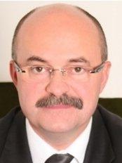 Dr. Zsolt Fabian - Plastic Surgeon - Debrecen - Garai utca 6, Debrecen, 4026,  0