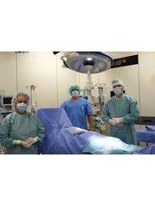 Gelenksprothesen-OP - Elite Clinic