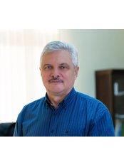 Dr. Csaba Molnár -  - Elite Clinic