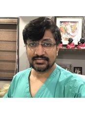 Dr Harsh Amin - Principal Surgeon at Adorn Cosmetic Surgery