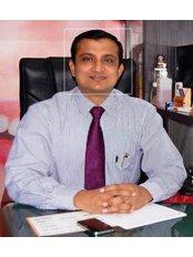 Dr. Sahebgowda Shetty(plastic surgeon) - Surgeon at Dr Shetty's Cosmetic Centre