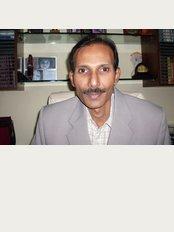 Dr. YV Rao Hair Transplant Clinic - Hyderabad - 1st floor, plot no-30, Rao, Raju colony, Road No:2 ,Banjara Hills, Hyderabad, Telangana, 500034,