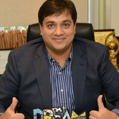Dr Viral  Desai
