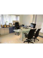 Dr. Viral Desai's CPLSS-Mumbai - 3rd Floor, Sarla Hospital & ICU, Dattatray Road, Santacruz (W),, Mumbai, Maharashtra, 400054,  0