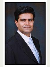 Aesthetics Medispa-PUNE - Dr Ashish Davalbhakta