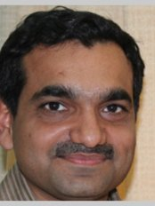 Dr Jayesh Rajpura - Doctor at Aesthetique, Centre for Plastic and Cosmetic Surgery