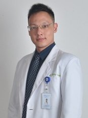 Dr Ricky Jayadi -  at D Elegance Aesthetic Clinic