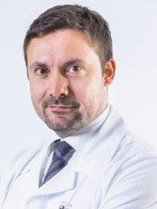 Dr Pierfrancesco Bove -  at Chirurgiadellabellezza - Clinica Iatropolis