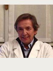 Dott. Claudio Lambertoni - Milano - Roma - Viale Col di Lana, 2, Milano, 20136,