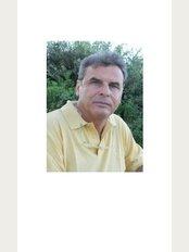 Dott Massimo Maspero-San Raffaele Hospital Resnati - Via Santa Croce, 10a, Milano, 20122,