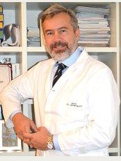 Dr. Gianluca Campiglio - Via Tranquillo Cremona 12, Milano, 20145,