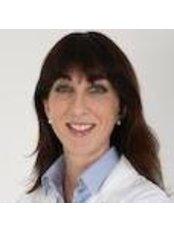Dr Alessandra Zambelli - Doctor at Oculoplastica Bernardini - Milan