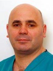 Chirurgia Estetica: Dott. Antonio Capraro - Villa Luisa - Via di Santa Mediatrice, 2, Roma, 00165,  0