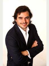 Dr. Luca Fracasso - Via Premuda 16, Roma,