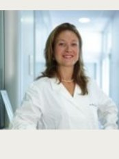Doctor's Equipe - Torino - Dr. Magda Guareschi Hello, Magda Guareschi, are a surgeon, specialist in Ophthalmology