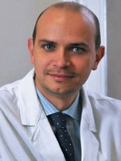 Dr stefano pau - Principal Surgeon at Stefano Pau