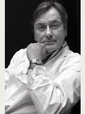 Dott. Alberto Orlandi - Varese - via C. Marrone, 2 c / o CENTRO MEDICO BECCARIA, Varese, Milano, 21100,