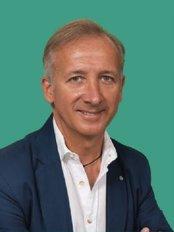 Dr. Med. Marco Castelli - Via Gian Domenico Romagnosi, 12, Varese, 21100,