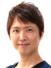 Dr Yuji Shirakawa - Practice Director at Coral Beauty Clinic - Osaka Umeda