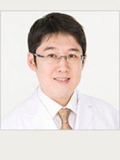 Sacred Heart Beauty Clinic - Hiroshimain - District Hondori 3-10 Hondori Southern 3F, Hiroshima, 7300035,