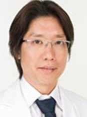 Dr Kohei Itoh -  at Sacred Heart Beauty Clinic - Tokyo Institute