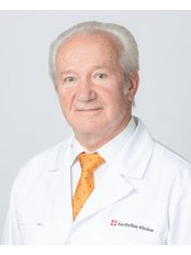Prof Giedrius Uzdavinys - Principal Surgeon at Kardiolita Private Hospital - Vilnius