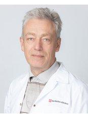 Dr Rimantas Bausys - Surgeon at Kardiolita Private Hospital