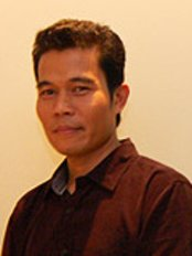 Macs Medico Dental Aesthetic Center Springvale - Suite 5 16 5th Floor Medical Office Building Gleneagles Intan Medical Centre Kuala Lumpur 282 And 286 Jalan Ampang, Kuala Lumpur, 50450,  0