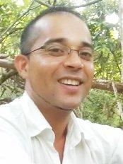 Surgiccare - Dr. Javed Dawreeawo