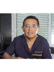 Dr Carlos Alejos - Doctor at Dr. Carlos Alejos