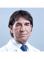 Dr Abelardo Alanis -  at Centro Médico Internacional