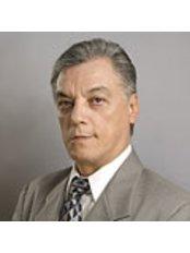 Dr Jorge Luis Diaz Diaz Moreno -  at Centro Médico Internacional