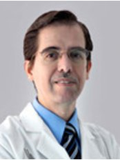 Dr Juan Carlos Fuentes - Doctor at Cosmed Clinic