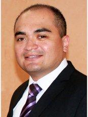 Dr. Ramiro Espinoza Mata - Caborca - Ave. J # 80 Norte entre Calle 8 y 9 Cons. # 8, Col. Centro, Caborca, Son, 83600,
