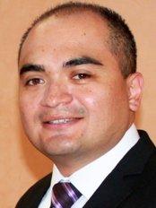 Dr. Ramiro Espinoza Mata - Caborca - Ave. J # 80 Norte entre Calle 8 y 9 Cons. # 8, Col. Centro, Caborca, Son, 83600,  0
