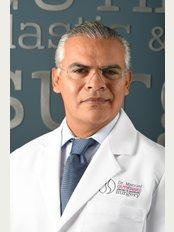 Estheticos Centro de Cirugía Plástica SC - Board Certified Plastic Surgeon