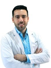 Dr Eduardo Ochoa - Surgeon at Plastic Surgery Tijuana - Luis Suarez