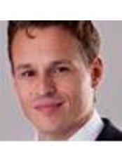 Dr Wouter van der Pot - Surgeon at Blooming Plastische Chirurgie
