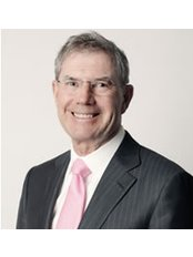 Mr Stephen Gilbert - Surgeon at NZ Institute of Plastic & Cosmetic Surgery