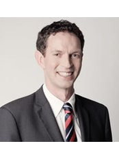 Jonathan Wheeler, Plastic Surgeon - Surgeon at NZ Institute of Plastic & Cosmetic Surgery