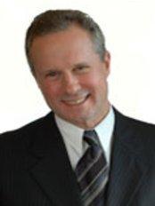 Dr Ken Macdonald - Surgeon at KM Surgical